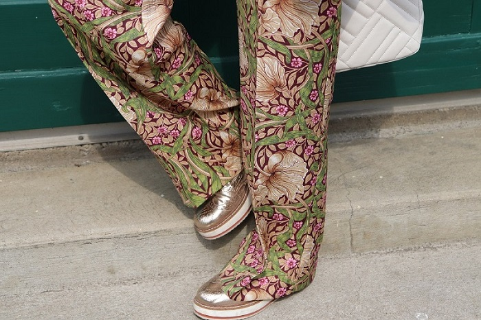 floral trousers in spring